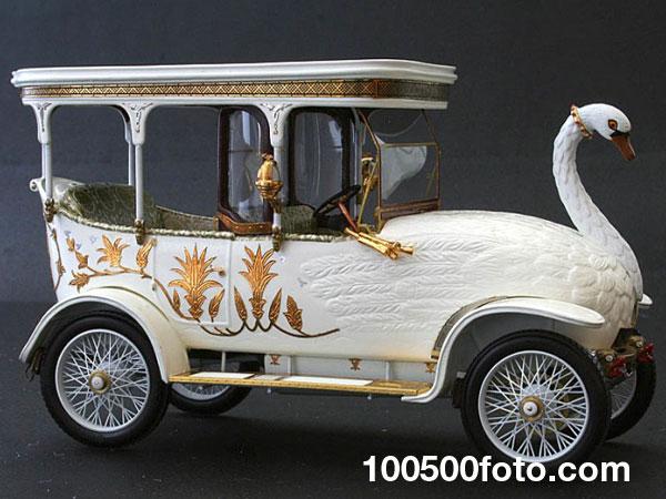 Автомобиль-лебедь