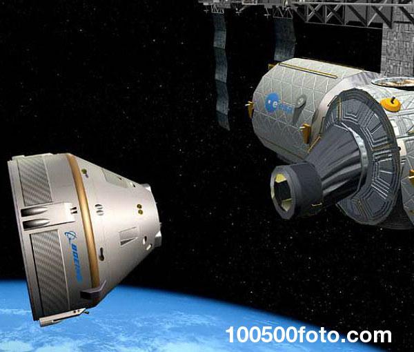 Корабль для полетов в космос CST-100
