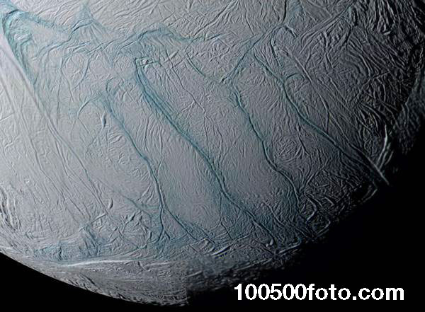 Тигровые полосы (Tiger Stripes) на Энцеладе (спутник Сатурна)