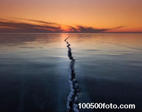 Разлом на Байкале (Россия)