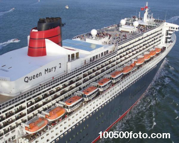 Queen Mary 2 -2