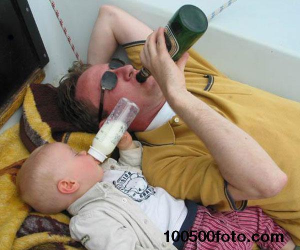 Мужики!!! С возрастом только бутылки уже другие.