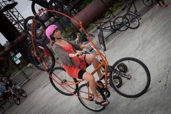 Многоколесный велосипел