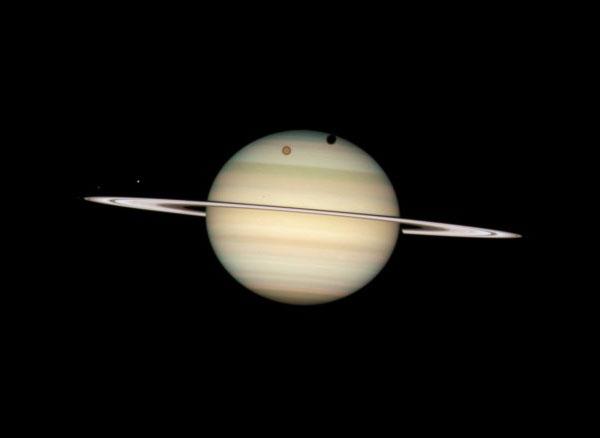 Передвижение 4-х лун Сатурна