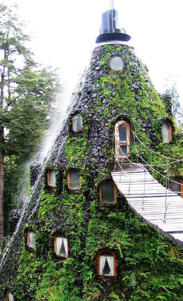 Отель в заповеднике Уило-Уило (Чили)