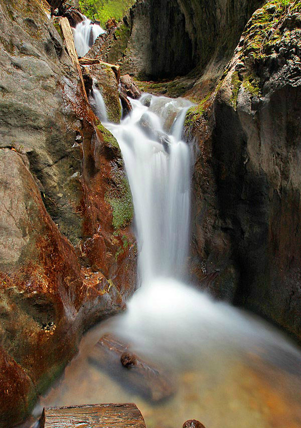 Лесной водопад (Румыния)