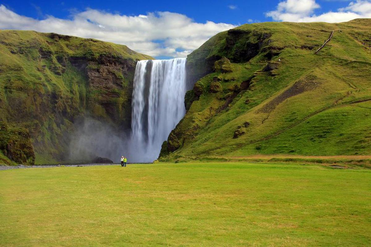 Водопад_в_Исландии