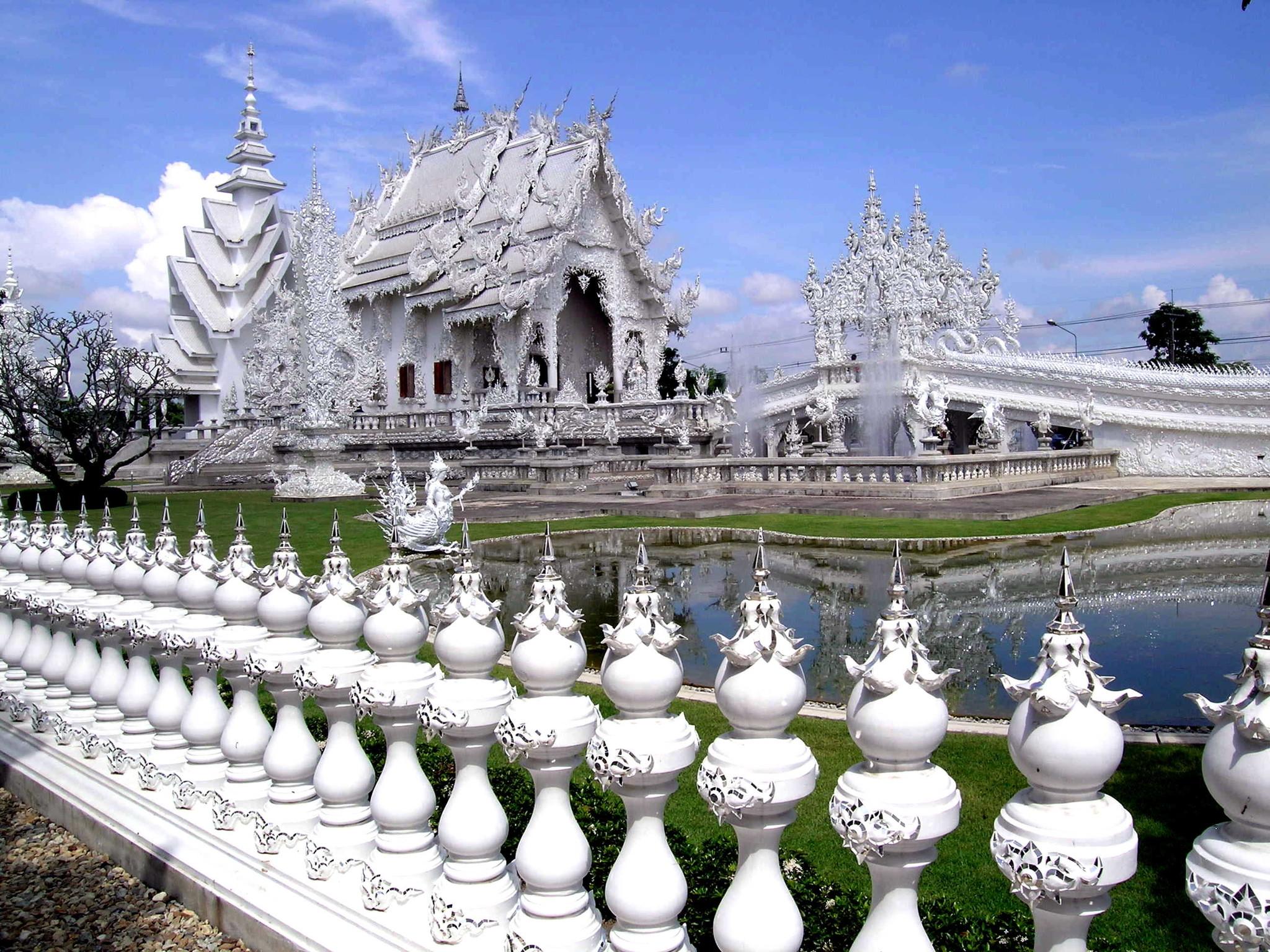 belyiy-hram-wat-rong-khun--_chiang_rai_002