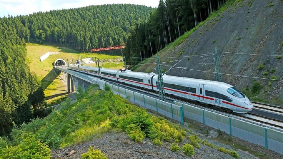 В немецком поезде ездить удобно