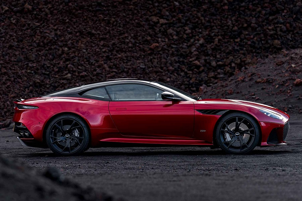 DBS-Superleggera-11