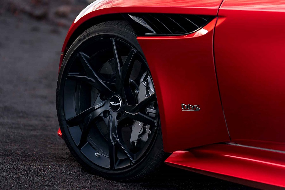 DBS-Superleggera-16 (1)