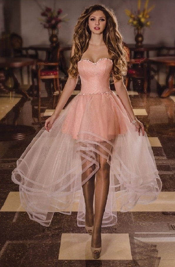 Платье с асиметрией