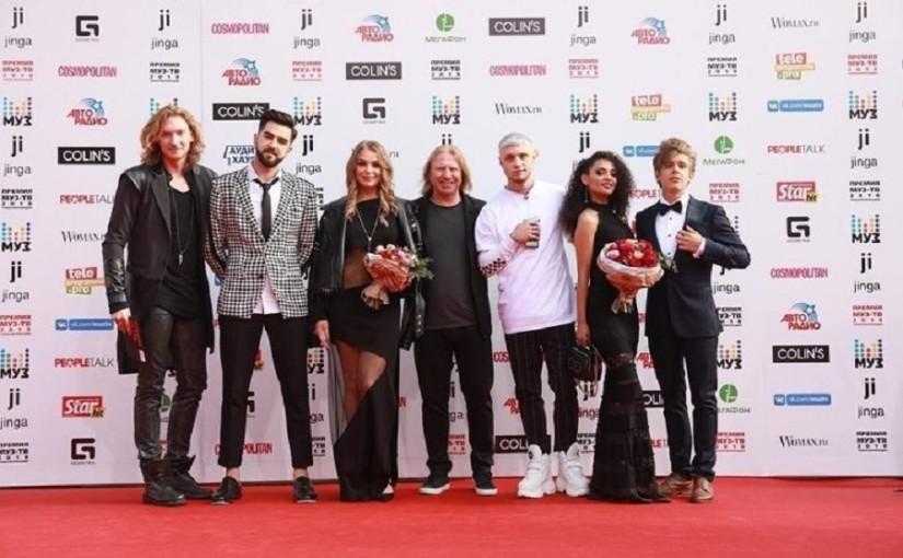 Парад моды и стиля на красной дорожке премии МУЗ-ТВ 2018
