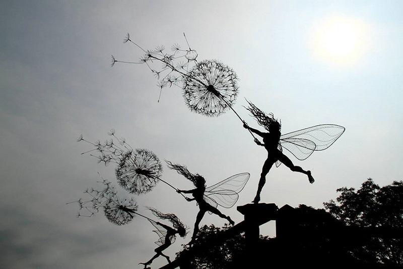 Робин Уайт создаёт скульптуры из проволоки