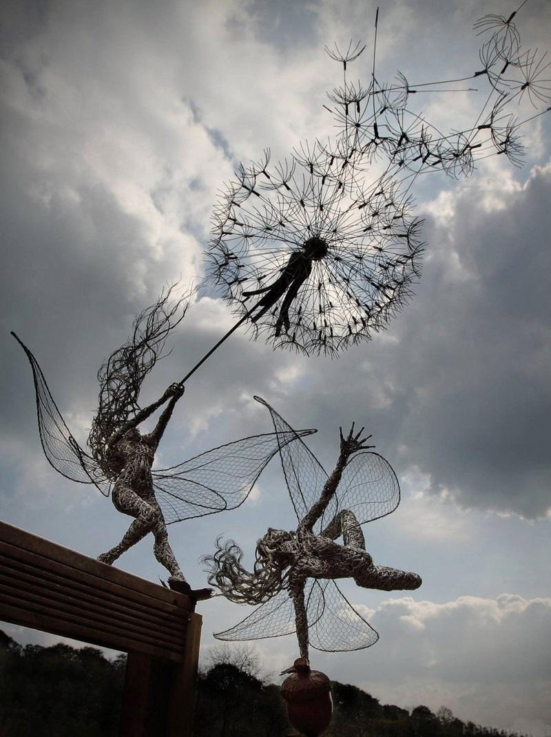 Робин Уайт создаёт скульптуры из стальной проволоки