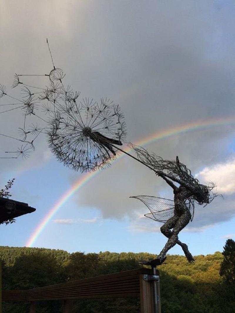 Робин Уайт создаёт фей из стальной проволоки