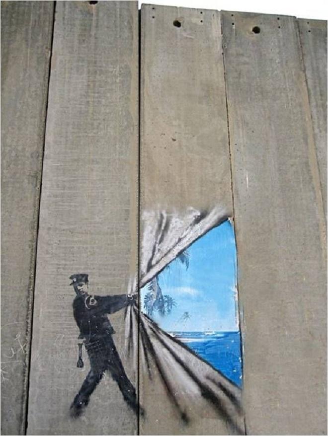 Некоторые художники рисуют также по дереву