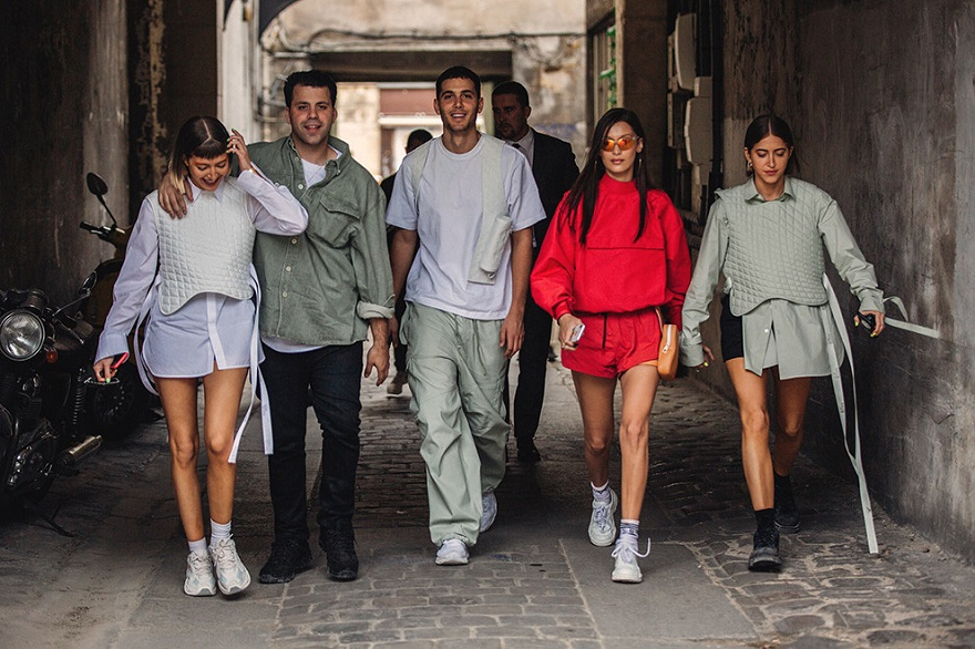 Уличная мода Парижа-08