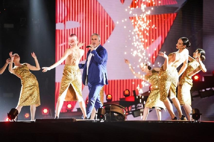 Валерий Меладзе выступал в этот вечер на сцене