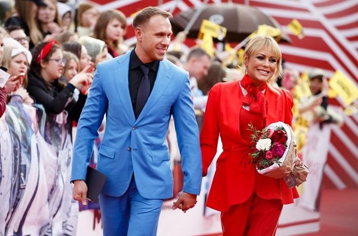 Юлия Началова на церемонии появилась с мужем