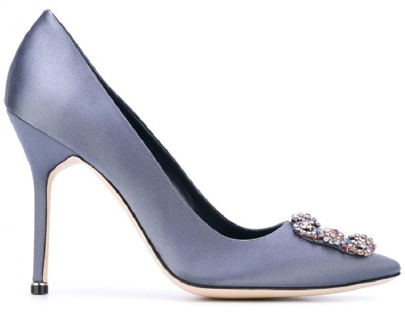 Маноло придумал сатиновые туфли носить каждый день
