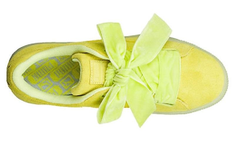 Сатиновая обувь входит в моду