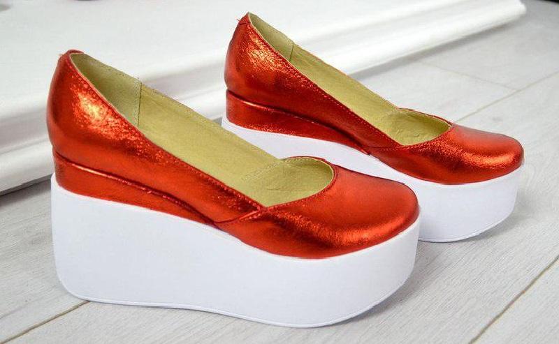 Сатиновые туфли