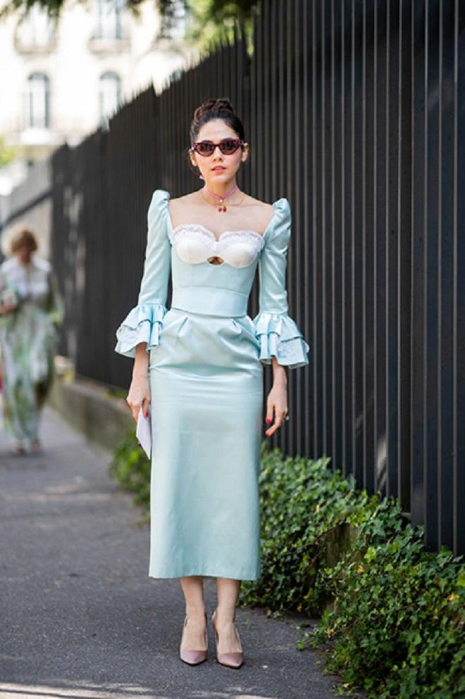 Арайя Хэргейт выбрала платье похожее на классику