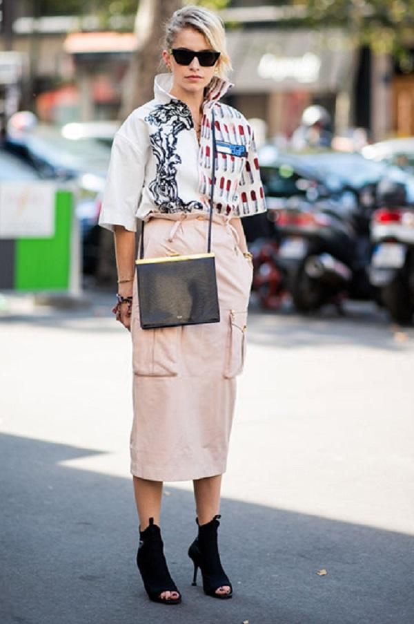 Каролин Дауэр гуляла по улицам в наряде от Прада