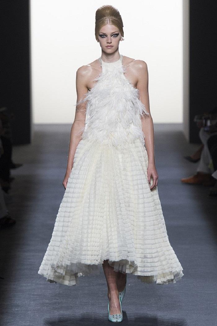 Свадебное платье от Fendi Couture осень - зима 2018