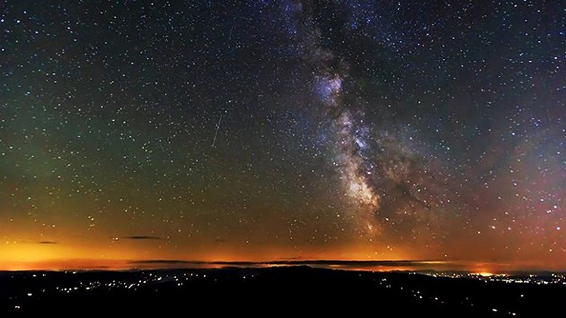 Звездопад Леониды: описание и фото