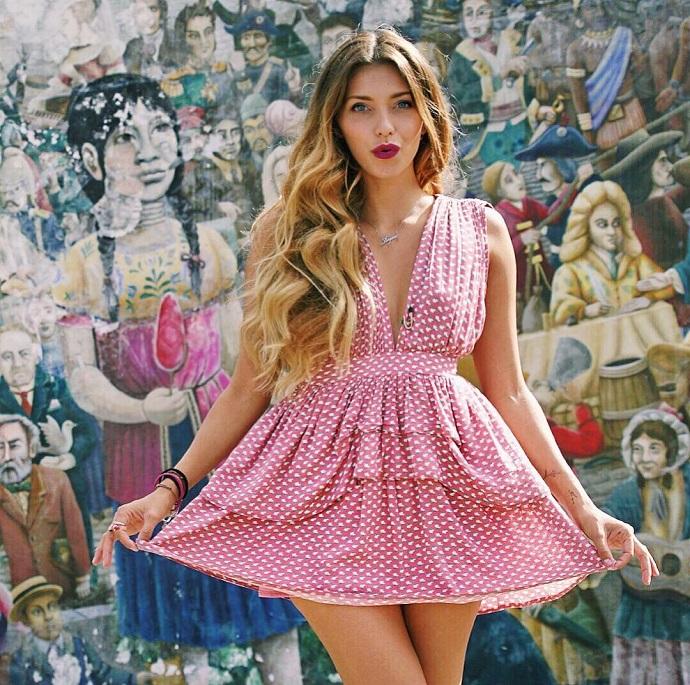Регина Тодоренко: самые яркие фото с проекта «Орёл и решка»